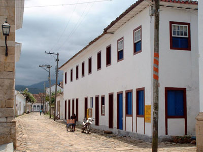 Cobbled Street & Colonial Buildings
